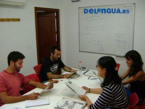 Clase con Susana y logo Delengua